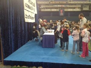 Alexi Casilla signing autographs