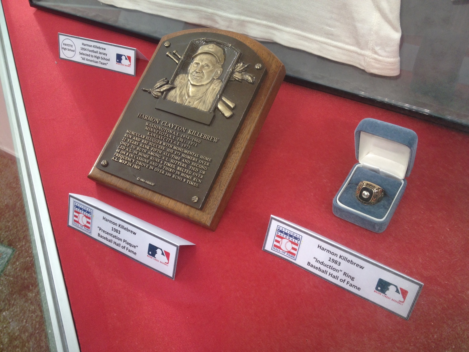 Harmon Killebrew's HOF plaque and ring