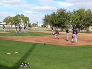 Gardenhire & Kelly taking grounders