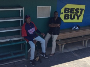 Tony Oliva and Rod Carew chatting