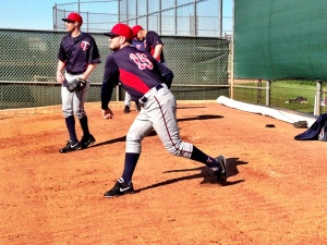 Glen Perkins throws bullpen