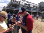 Josh Willingham signs autographs for Twins fans