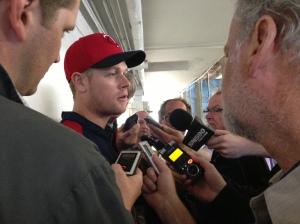 Morneau talks with Canadian media members