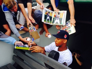 Buxton signs for the fans