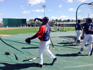 Tony Oliva plays catch